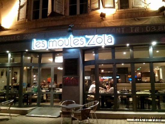 Place Émile Zola (à Dijon), forcément